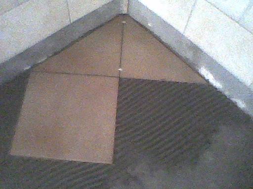 cum se pune gresie in romb sau pe diagonala sau normal