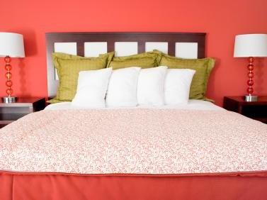 dormitor foarte spatios culoarea dominanta roru