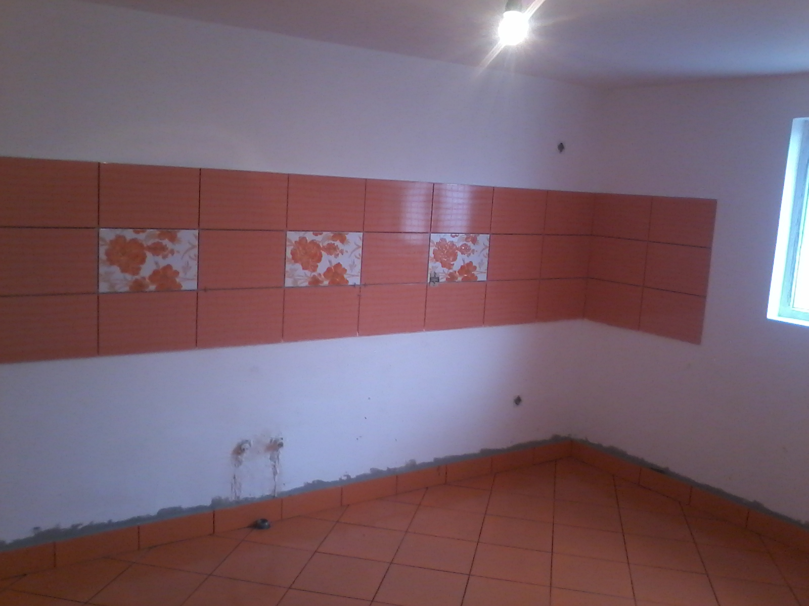faianta bucatarie portocalie